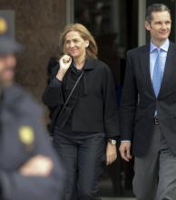 España: zafó la infanta Cristina, pero su esposo iría a prisión