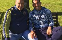 Angelici estuvo con Tevez y dijo que por ahora no vuelve