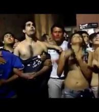 Más del ENM: alumnos salesianos defendieron su templo ante las burlas de chicas semidesnudas (video)