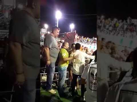 Diputada chaqueña ebria protagoniza un escándalo en los corsos de Corrientes I