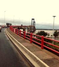 Accidentes en el Puente Belgrano mantienen demorado el tránsito