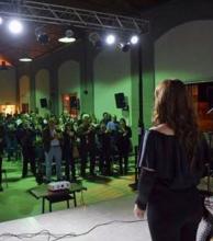 Lleno total en la gala nocturna por los festejos en Mercedes