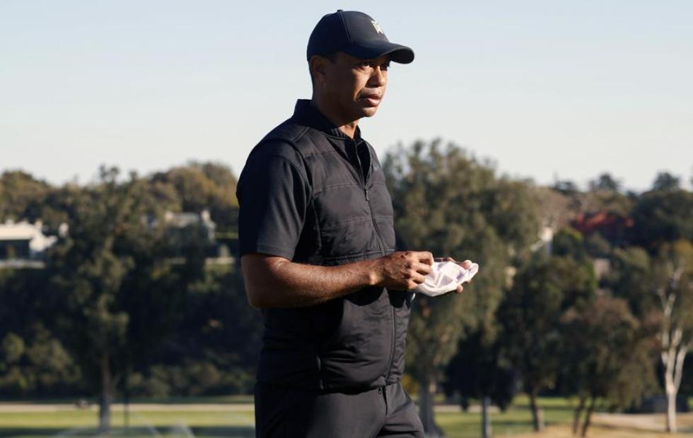Tiger Woods sufrió un grave accidente automovilístico y fue trasladado de urgencia a un hospital