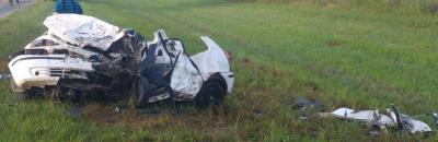Santa Fe: un choque frontal entre dos autos causó seis muertes