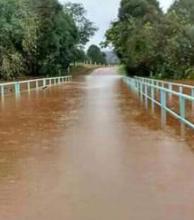 Torrente de agua de lluvia se desplaza hacia costas correntinas (Video)