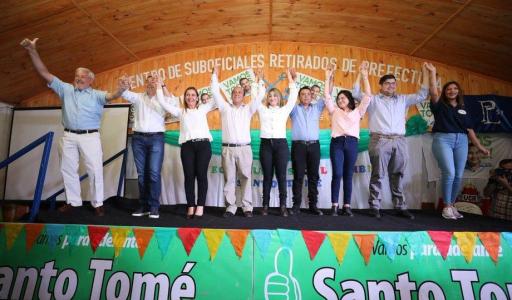 Valdés en misión oficial por el interior y con los candidatos a diputados cerca