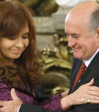 Fiscal pidió reabrir causa por escuchas entre CFK y Parrilli