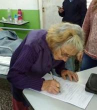 Pareja de ancianos evacuados contrajeron matrimonio en San Luis del Palmar