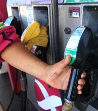 Analizan un nuevo aumento del precio del combustible a partir de noviembre