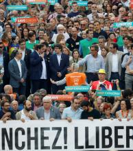 Para Cataluña, no está sobre la mesa convocar a elecciones