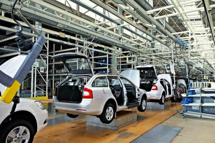 autos-fábrica.jpg