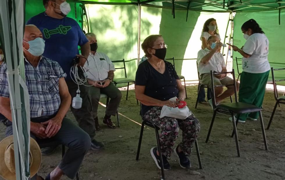 500 adultos mayores accedieron en Corrientes a las vacunas en el primer día del plan de inmunización