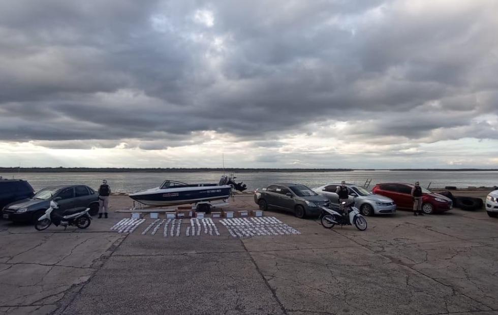 """En Corrientes, Prefectura detuvo a cuatro hombres que manejaban """"mega banda contrabandista"""""""