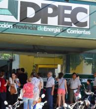 Presentan amparo contra el aumento de la tarifa energética