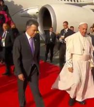 El papa Francisco llegó a Colombia para una visita pastoral de cinco días
