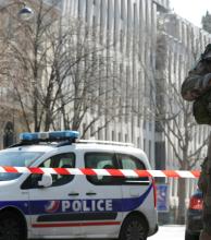 Un paquete bomba causó un herido en la sede del FMI en París