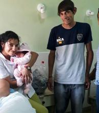 Madre adolescente dio a luz en la vía pública, a pasos del Llano