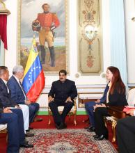 Maduro recibió a gobernadores opositores y se profundiza la grieta