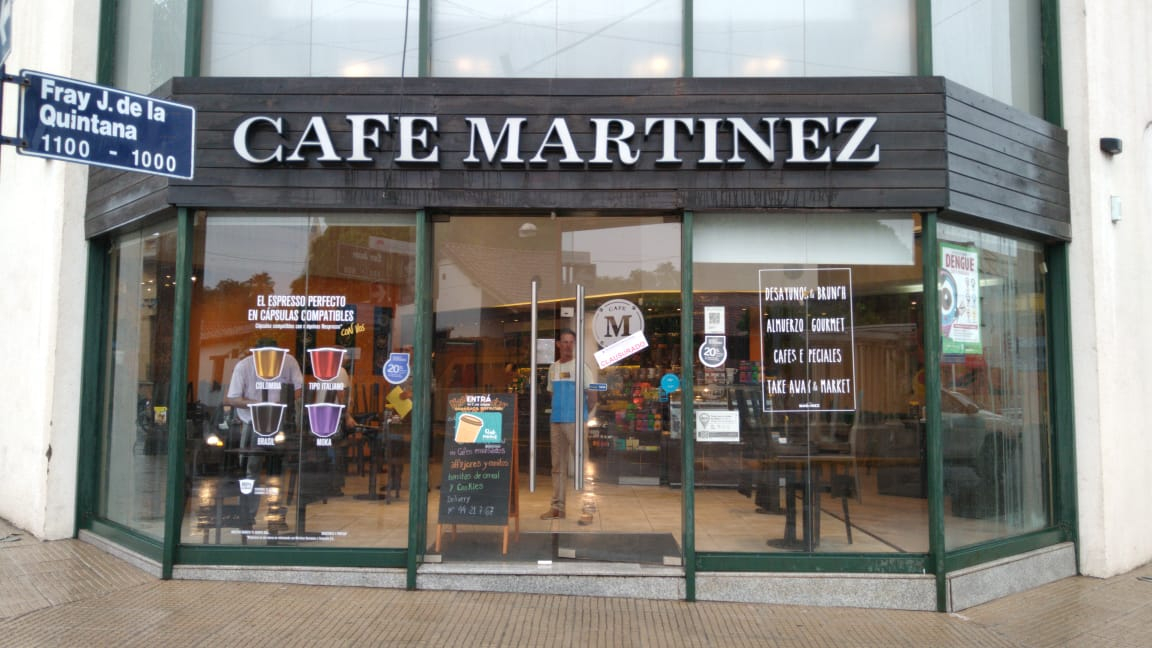 CLAUSURA CAFE MARTINEWZ.jpg