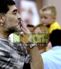 Maradona respaldó a Tevez y criticó a Sampaoli y Verón