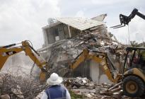 México: carrera contra reloj para rescatar a sobrevivientes
