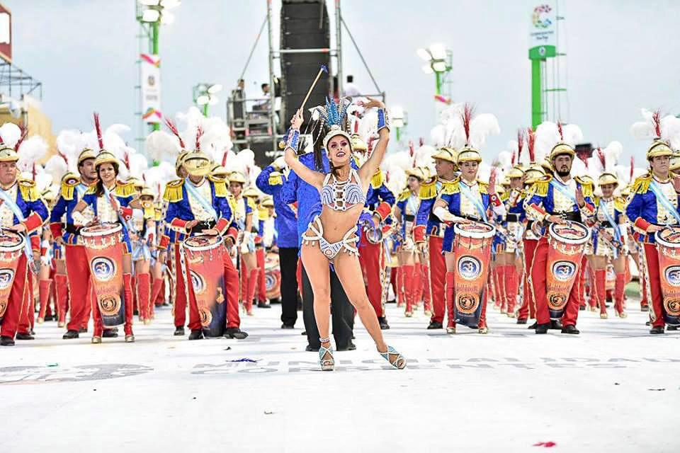 01 tapa carnaval SAPUCAY.jpg