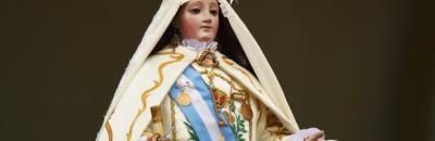 Patricias correntinas regresan de la guerra y cumplen su voto a la Virgen